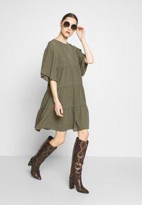 Sisley - Day dress - khaki - 1