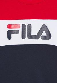 Fila - CARLOTTA BLOCKED CREW SHIRT - Sweater - black iri/true red/right white - 2