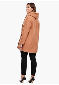 Triangle - Short coat - brown - 2