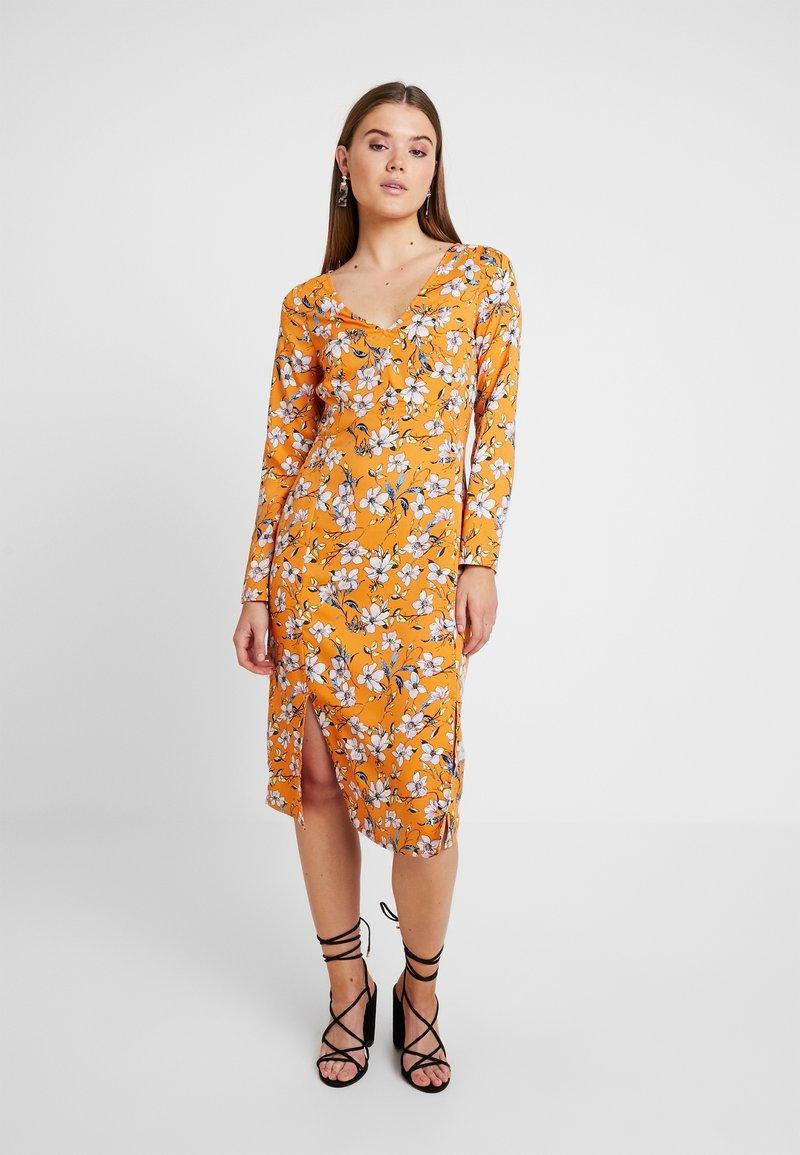 Even&Odd - Denní šaty - white/orange