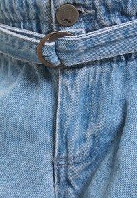 MAMALICIOUS - MLBARKA BELTED - Denim shorts - blue denim - 2