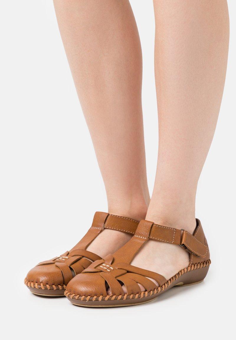 Rieker - Slippers - braun