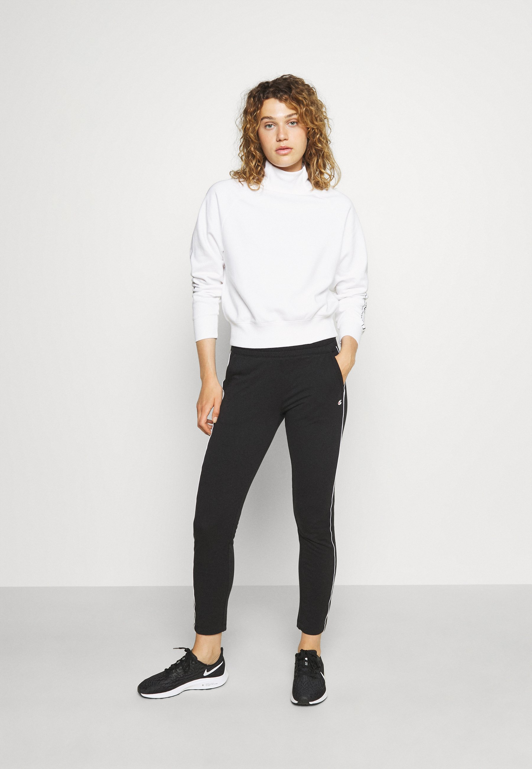 Women HIGH NECK  - Sweatshirt