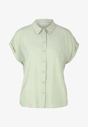 Camisa - light dusty green