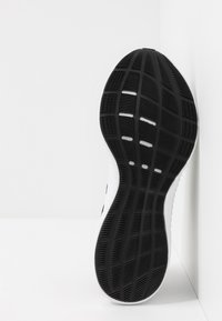adidas Performance - EDGEBOUNCE 1.5 PARLEY - Sports shoes - core black - 4