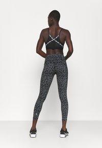 Sweaty Betty - POWER 7/8 WORKOUT LEGGINGS - Medias - black - 2