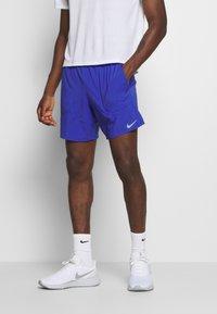 Nike Performance - FLEX STRIDE SHORT - Pantalón corto de deporte - astronomy blue/silver - 0