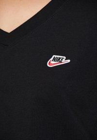 Nike Sportswear - TEE - Basic T-shirt - black - 5