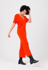 Solai - Jumpsuit - orange - 3