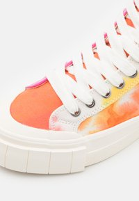 Good News - PALM OMBRE UNISEX - Sneakers hoog - orange - 5