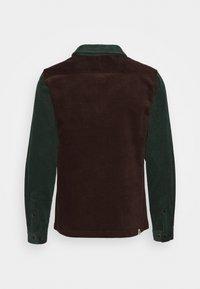 Anerkjendt - AKMILAN OVERSHIRT - Zip-up hoodie - captain - 1
