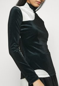 Who What Wear - MOCK NECK - Long sleeved top - black/white
