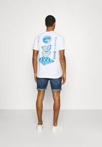Lee - RIDER - Denim shorts - maui dark - 2