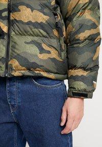 The North Face - 1996 RETRO NUPTSE JACKET - Down jacket - burnt olive - 5
