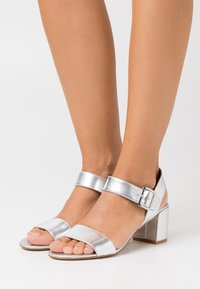 Anna Field - LEATHER - Sandales - silver - 0