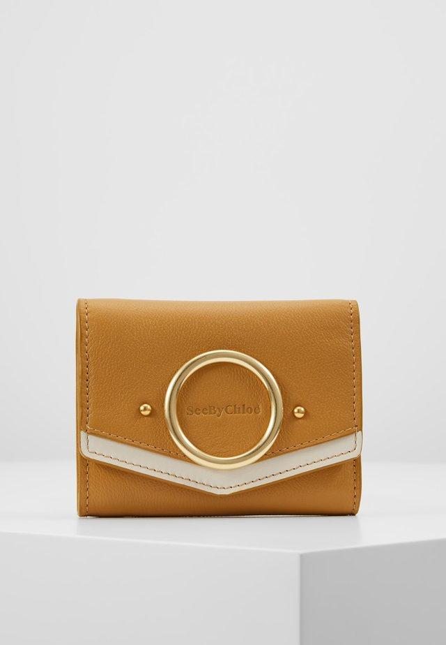 AURA - Wallet - burnt yellow