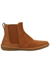 El Naturalista - Classic ankle boots - wood - 6