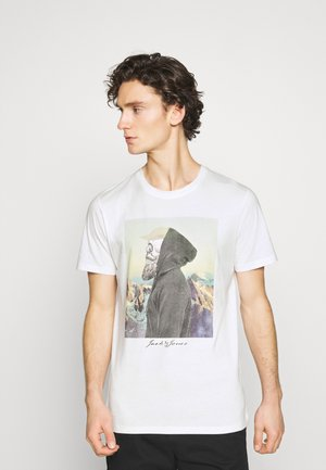JORSKULLING TEE CREW NECK - Printtipaita - cloud dancer