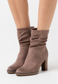 s.Oliver - High heeled ankle boots - pepper - 0
