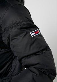 Tommy Jeans - ESSENTIAL JACKET - Untuvatakki - black - 5