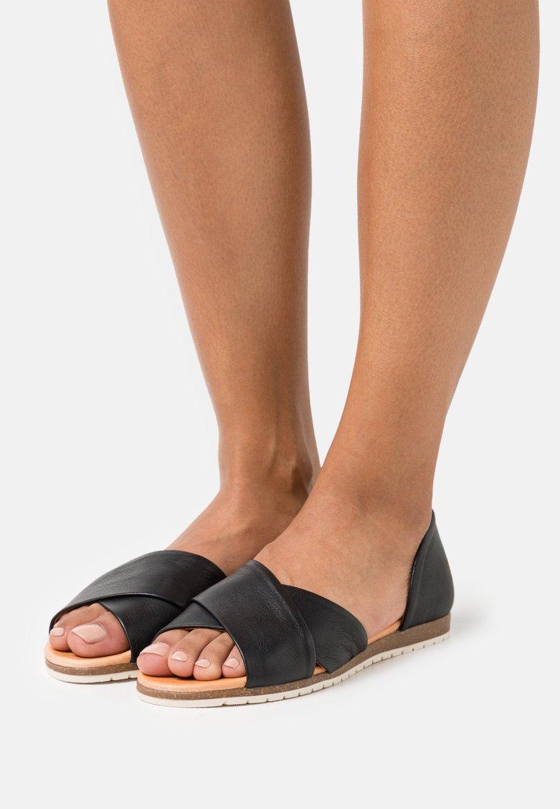Apple of Eden - CHIUSI - Sandals - black