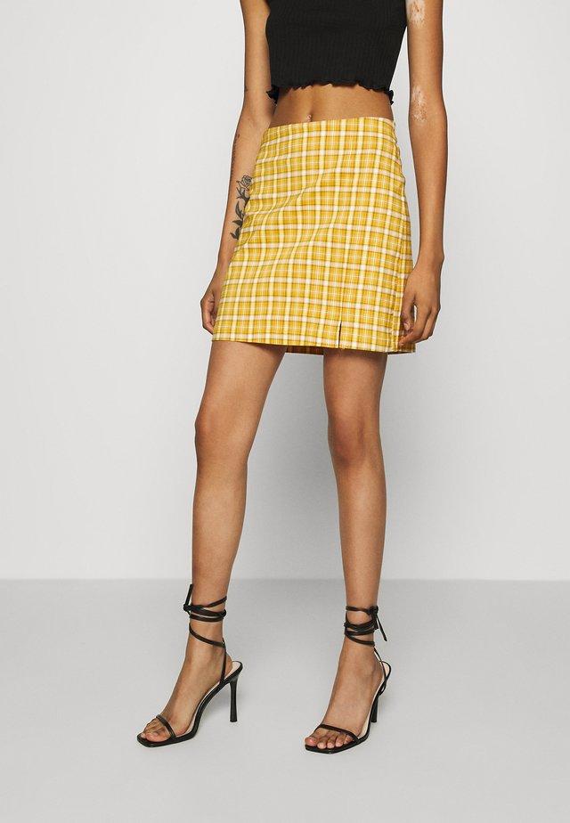 BENG CHECK - Minifalda - mustard yellow
