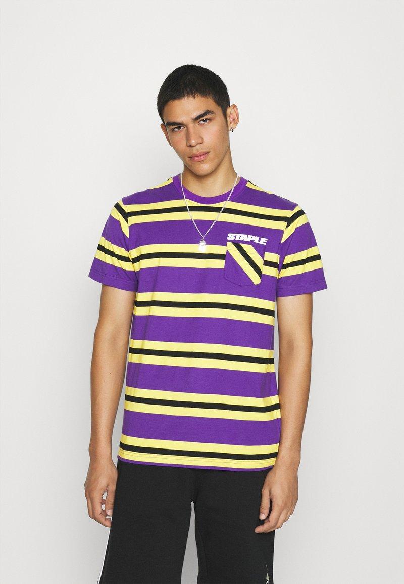 STAPLE PIGEON - STRIPED POCKET TEE UNISEX - Print T-shirt - yellow