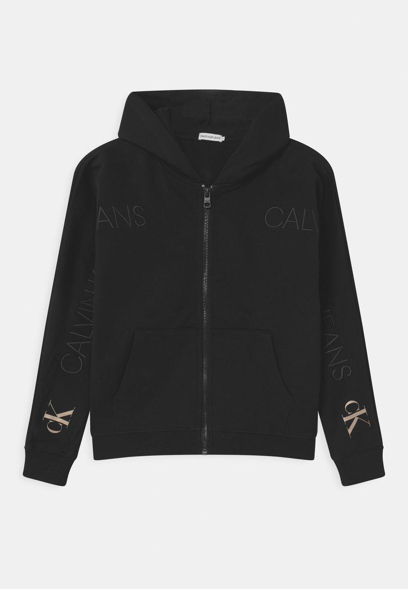 Calvin Klein Jeans - LOGO EMBROIDERY ZIP THROUGH - Sudadera con cremallera - black
