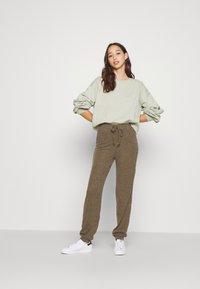 Zign - Sweatshirt - khaki - 3