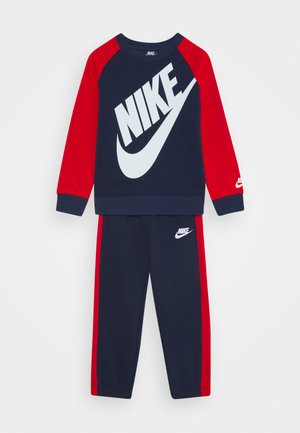 OVERSIZED FUTURA CREW SET - Tracksuit - midnight navy