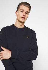 Farah - TIM CREW - Sweater - true navy - 3