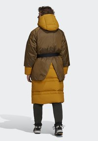 adidas Performance - URBAN COLD.RDY OUTDOOR - Dunfrakker - gold - 1
