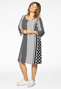 Yoek - Day dress - black/white - 1