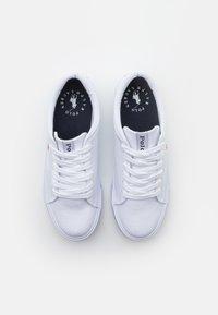 Polo Ralph Lauren - ELMWOOD UNISEX - Tenisky - white/red - 3