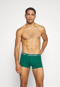 Jack & Jones - JACSUMMER COLORS TRUNKS 5 PACK - Pants - black/gold fusion/chili/ever green - 3