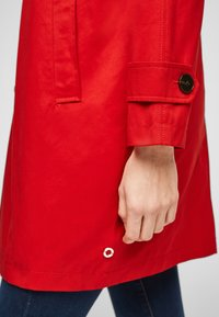 s.Oliver - Trenchcoat - red - 4