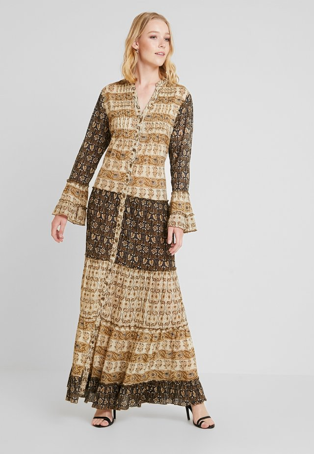 DRESS - Robe longue - brown