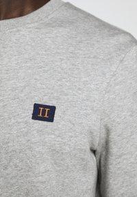 Les Deux - PIECE - Sweatshirt - light grey melange - 10