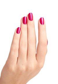 OPI - NAIL LACQUER - Nail polish - nlb 31 flashbulb fuchsia - 1