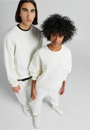 OVERSIZED - Sweatshirt - white