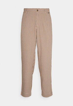 BLOODHOUND PANT - Chino kalhoty - toffee