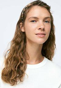 OYSHO - Headscarf - beige - 0