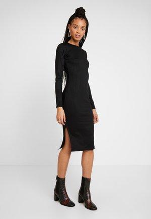 SASSI DRESS - Pouzdrové šaty - black