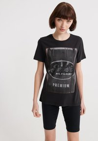 Superdry - SUPERDRY PHOTOGRAPHIC WORKWEAR T-SHIRT - T-shirt print - black - 0