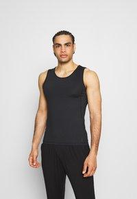 Curare Yogawear - MEN - Top - black - 0