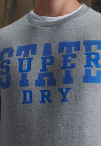 Superdry - TRACK & FIELD CLASSIC CREW - Sweater - soft grey marl - 2