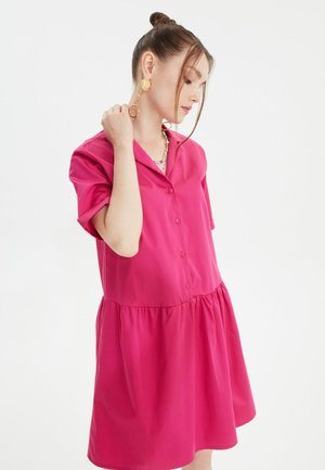 Sukienka koszulowa - pink