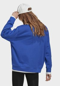 adidas Originals - Sweatshirt - bold blue - 2