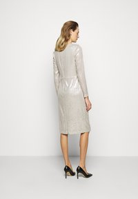 Lauren Ralph Lauren - MILLBROOK DRESS - Koktejlové šaty/ šaty na párty - silver frost shin - 2