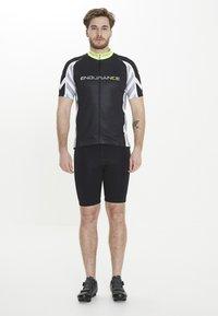 Endurance - RADTRIKOT PARMER M CYCLING - Print T-shirt - black - 1